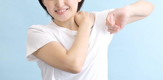 ラジオ体操は腕や肩を動かすパートが多いので、間違いなく肩こりの頻度は少なくなっています。