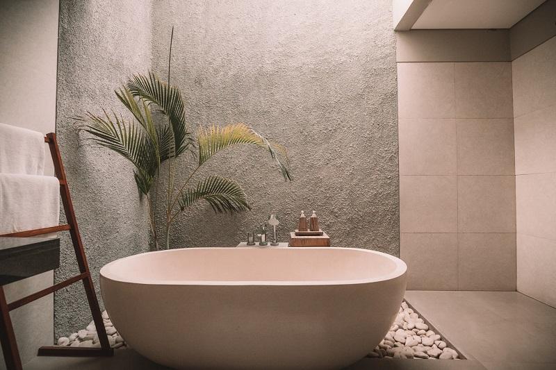 夏のウォーキングでけっこう汗をかいたので、いつもならシャワーのところをお風呂に入りました。