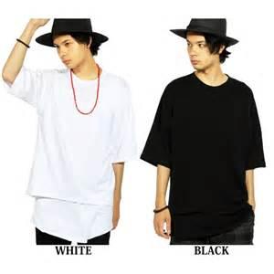 ガリガリ男性にビッグTシャツは似合わない