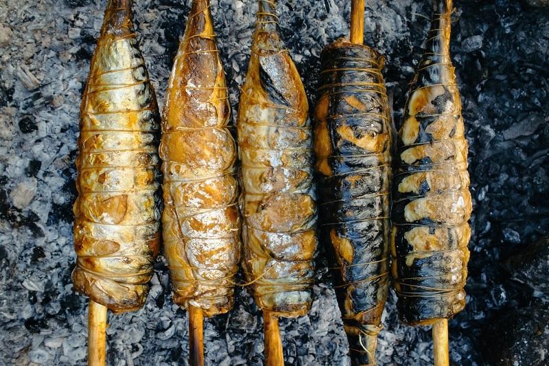 3回の食事で必ず肉魚大豆を食べるようにして、2回の間食では成長期用のプロテインを飲むなどです。